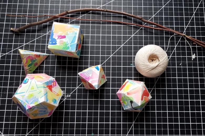 An arrangement of 3-D platonic solid shapes