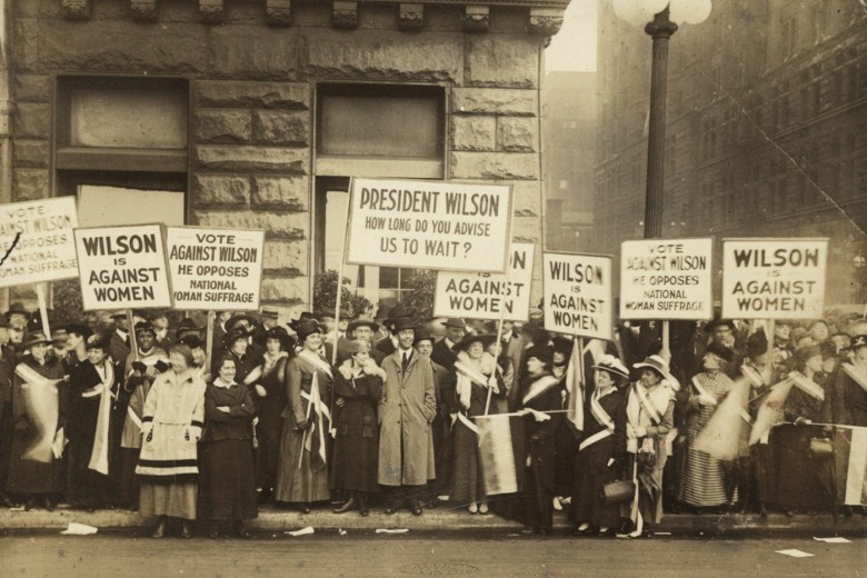 [Suffragists demonstrating against Woodrow Wilson in Chicago, 1916], Library of Congress, Records of the National Woman's Party.