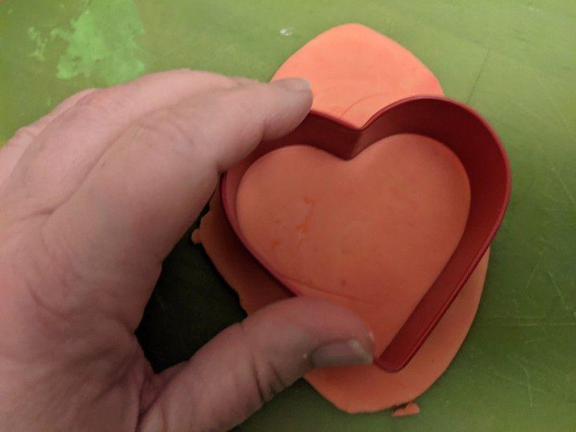 Clay hearts: step 8