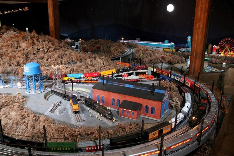 Brandywine River Museum of Art's Christmas Train Display
