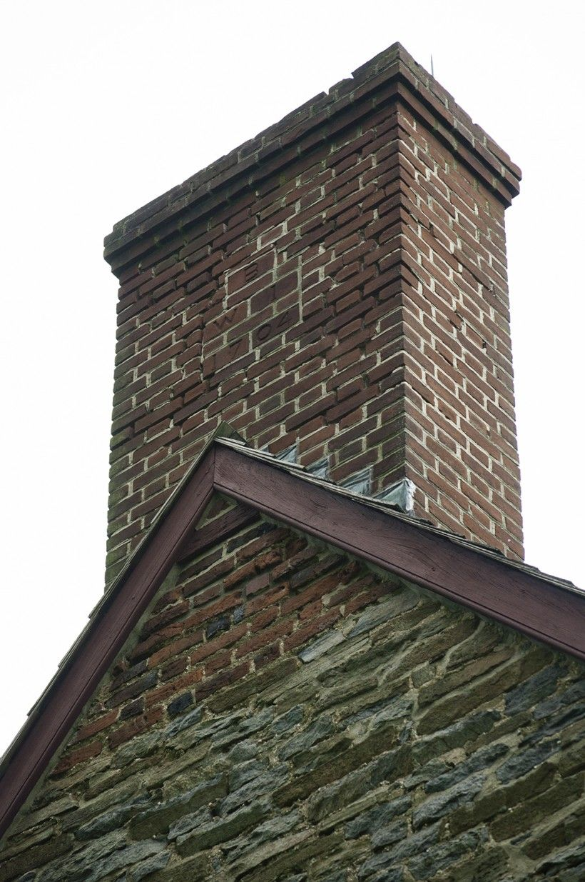 BEFORE chimney repairs on the Brinton 1704 House